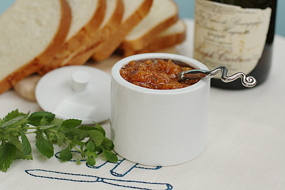 Food and Style - Peach jam with lemon balm and Marc de Bourgogne