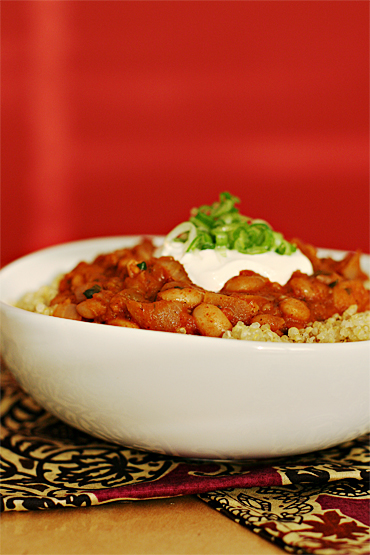 Pinto bean chili with pan-roasted spices and chipotle