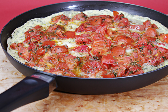 Tomato frittata in pan