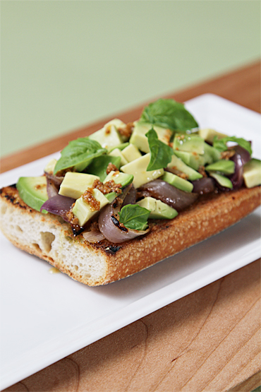 Food and Style - Avocado and Grilled Onion Tartines with Roasted Coriander-Lime Vinaigrette