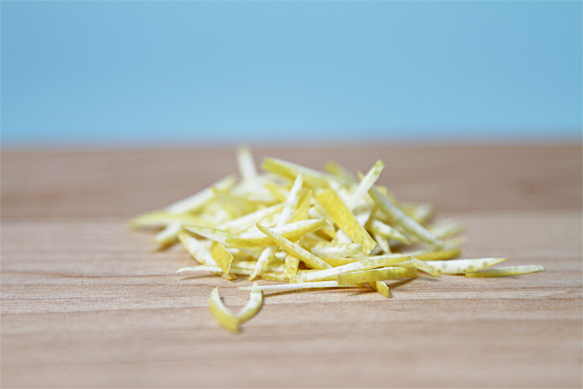 Juienned lemon zest