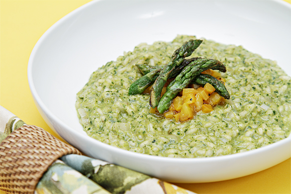 Spring risotto with asparagus pesto and roasted yellow peppers