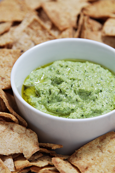 Edamame dip with basil and mint
