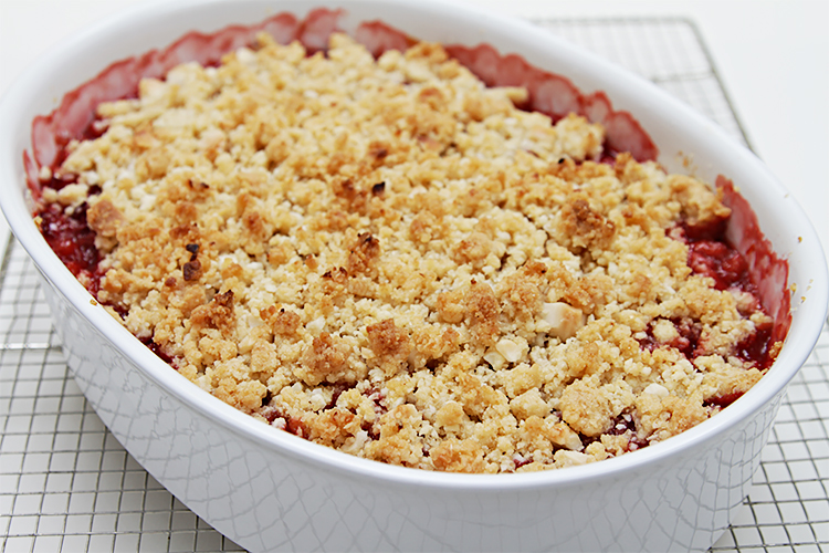 Strawberry-rhubarb crisp with macadamia nut streusel