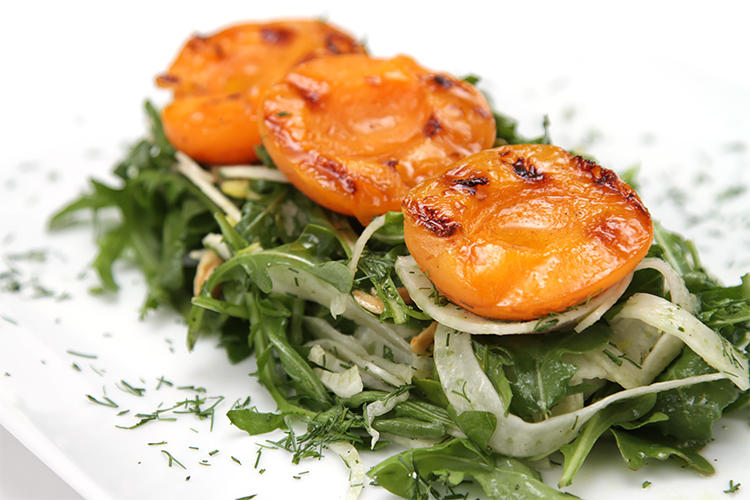 Grilled apricot salad with shaved fennel | Food & Style