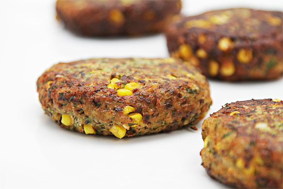 Summer veggie burgers with shiitake and sweet corn