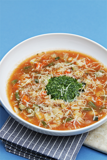 Soupe au Pistou-Provençal vegetable soup with basil sauce