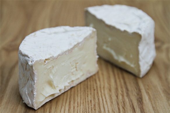 Nettle Meadow Kunik - Triple creme cheese