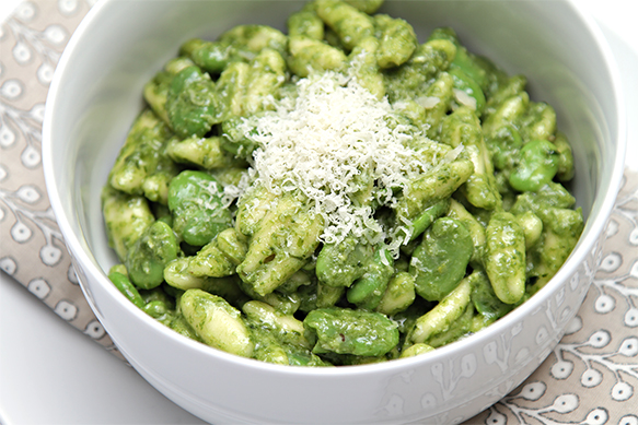 Cavatelli with fava beans and ramp pesto