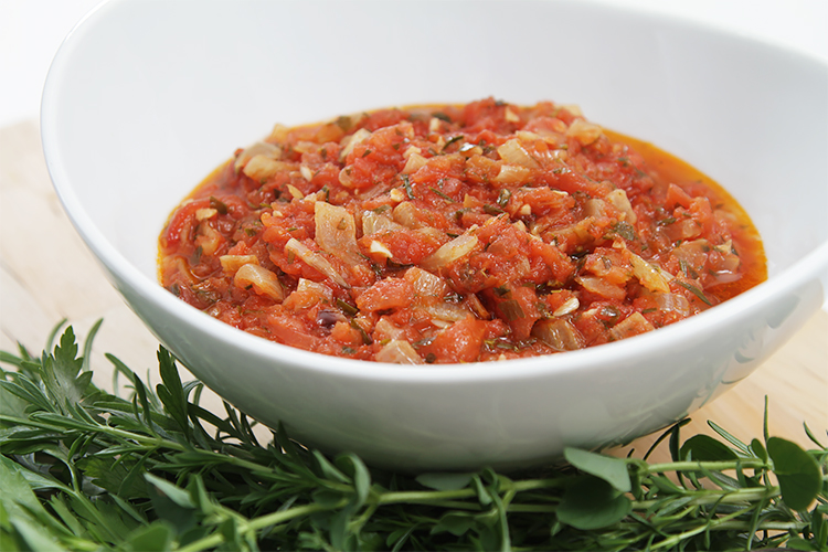 Tomato sauce with sweet onions and fresh herbs