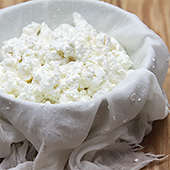 how to make goat cheese from fresh goat milk